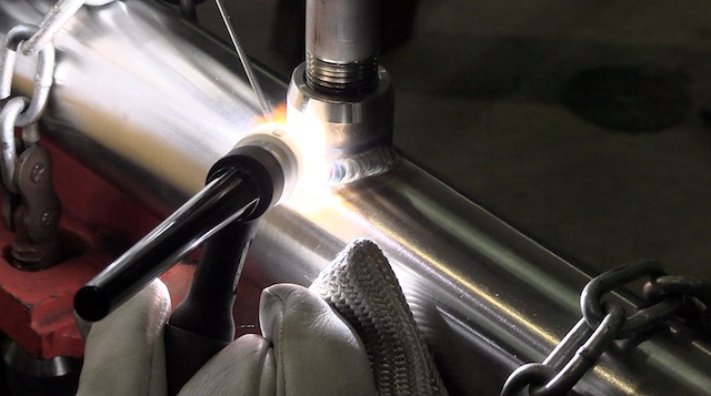 304L stainless steel weld